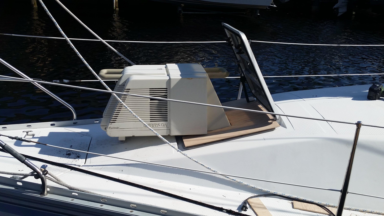 Cruisair Carryon Air Conditioner Hatch Bag Sailboat