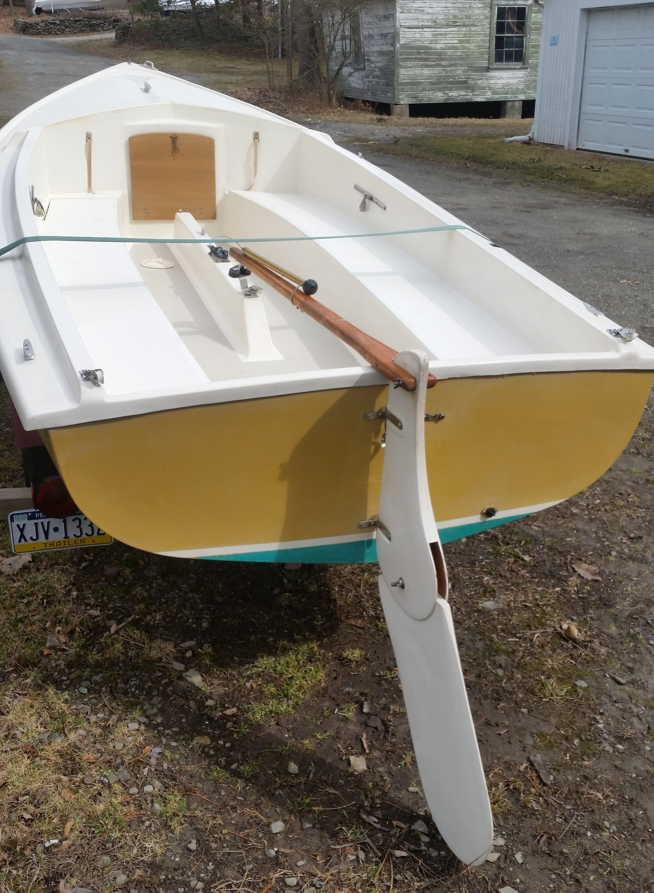 How to rig the centerboard on an O'day Javelin | SailboatOwners com