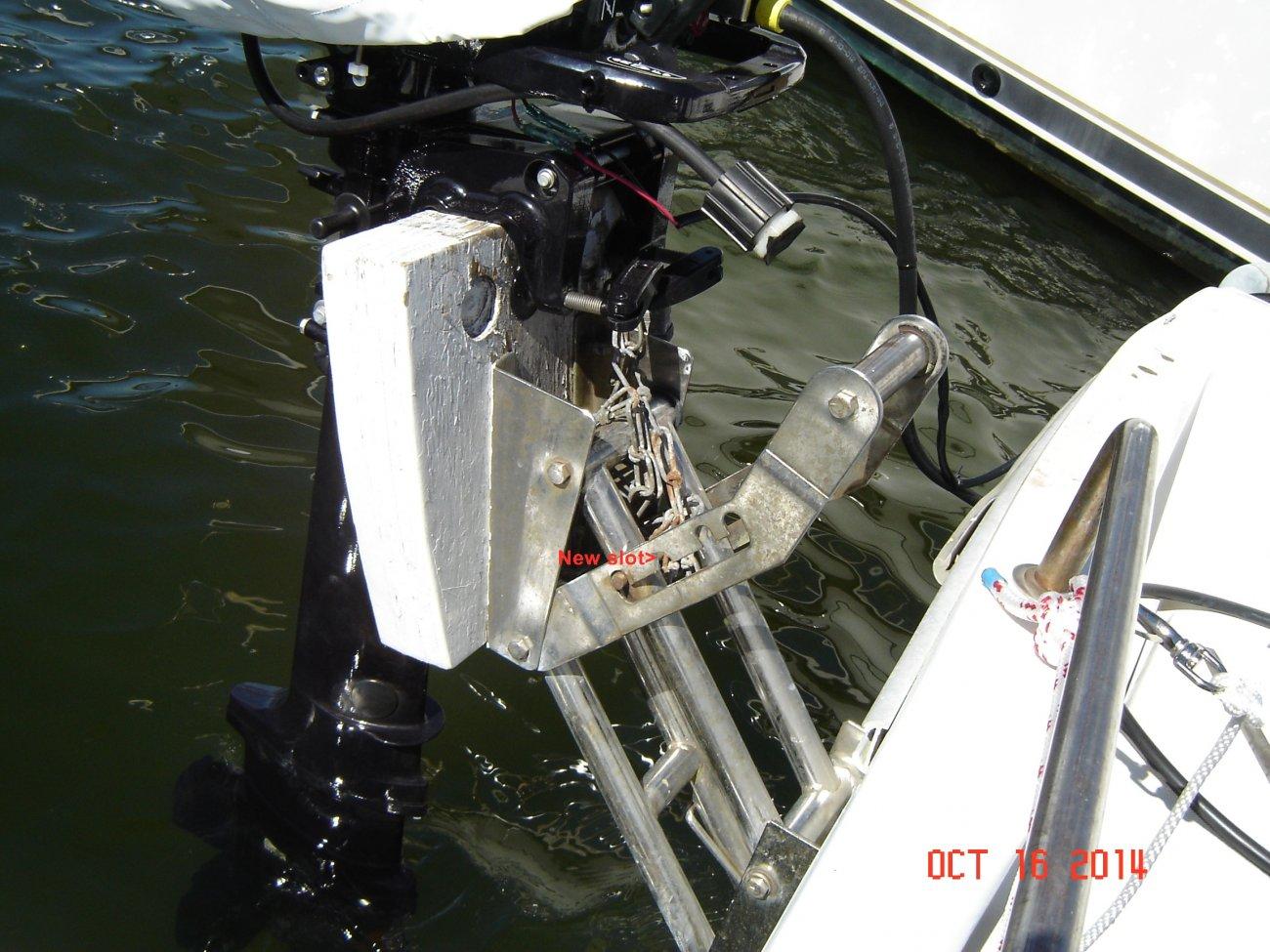 Add extra slot to motormount (1).JPG