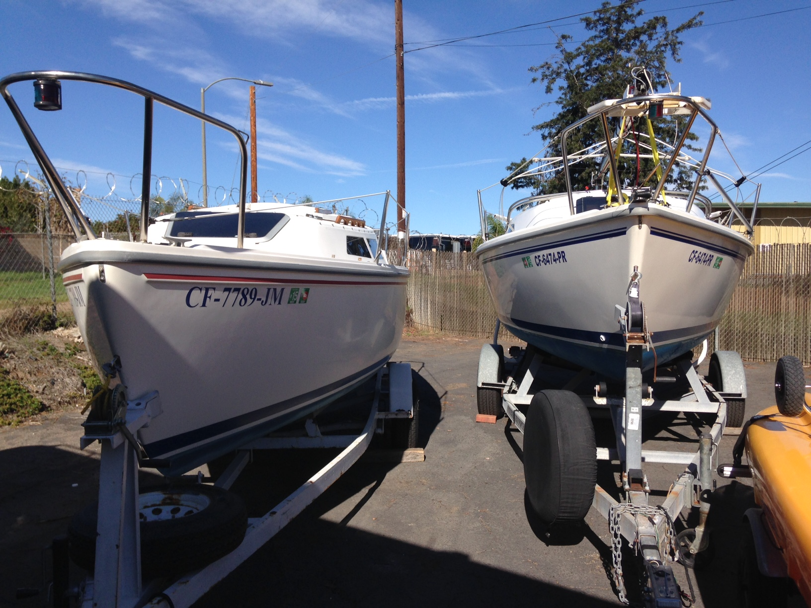 Trailering and Launching a Wing vs Swing Keel | Sailboat