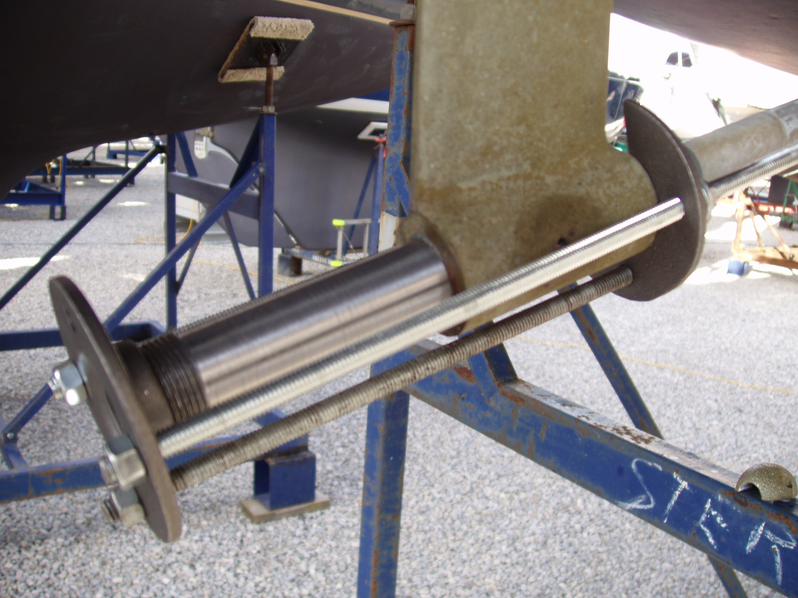 Boat Strut Bearing Puller : Removing a cutlass bearing prop sailboatowners forums