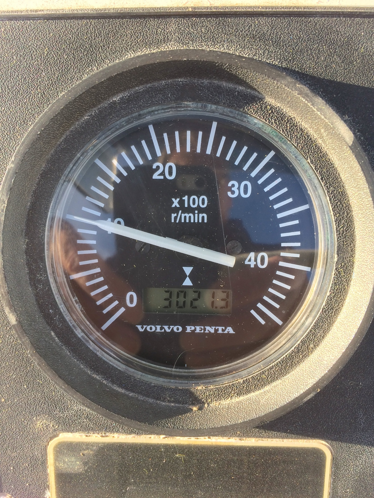 VDO Tacho / Hour Meter Repair   Sailboat Owners Forums on