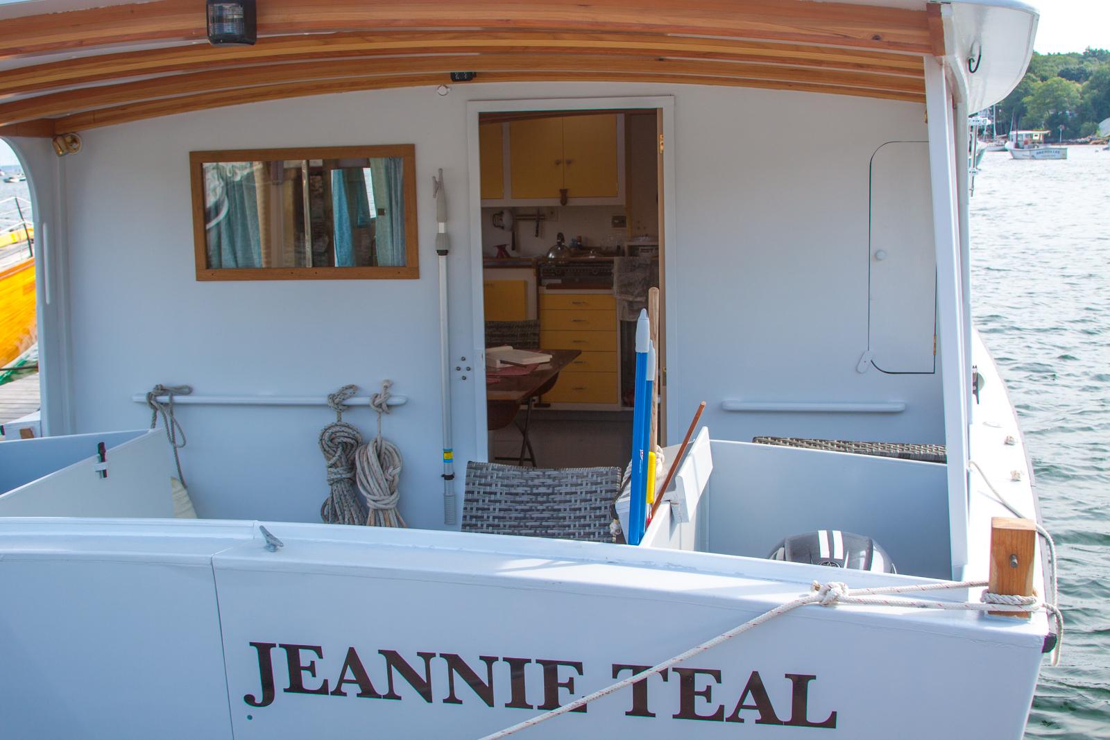 Jeannie Teal close.jpg