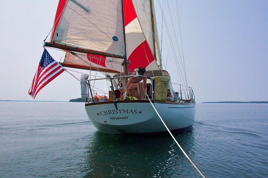 Light air sailing.jpg