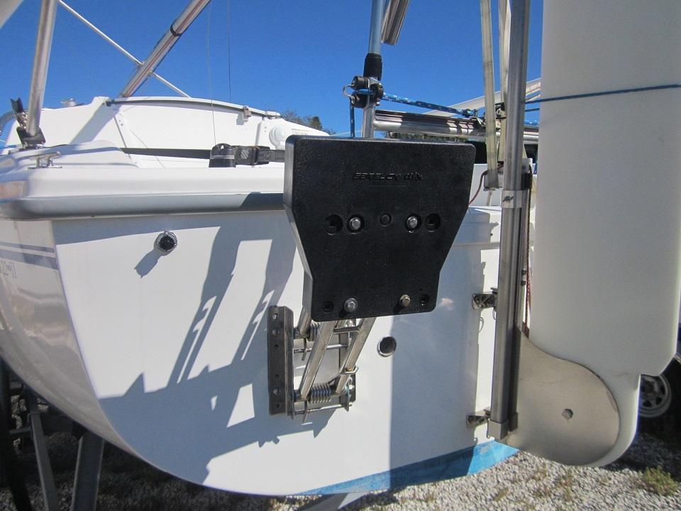 Honda 9 9 on a Catalina 22 | Sailboat Owners Forums