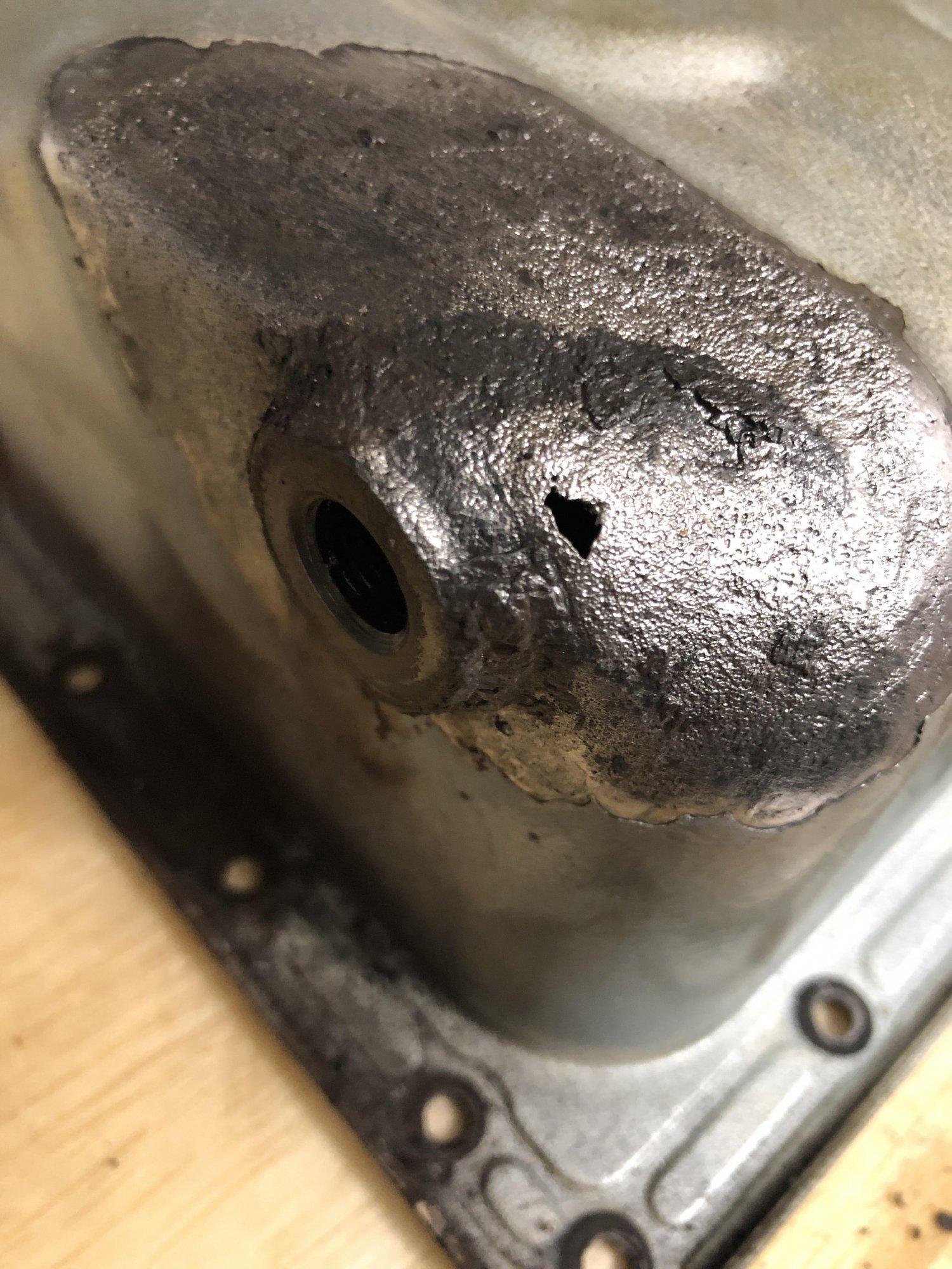 oilpan hole.jpg