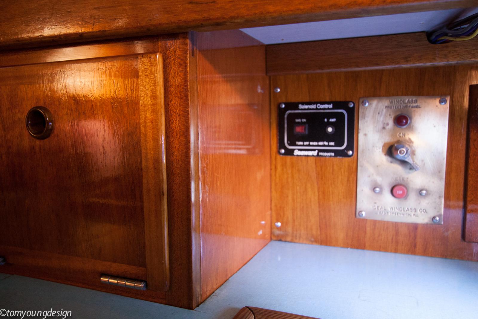 Panel box side.jpg