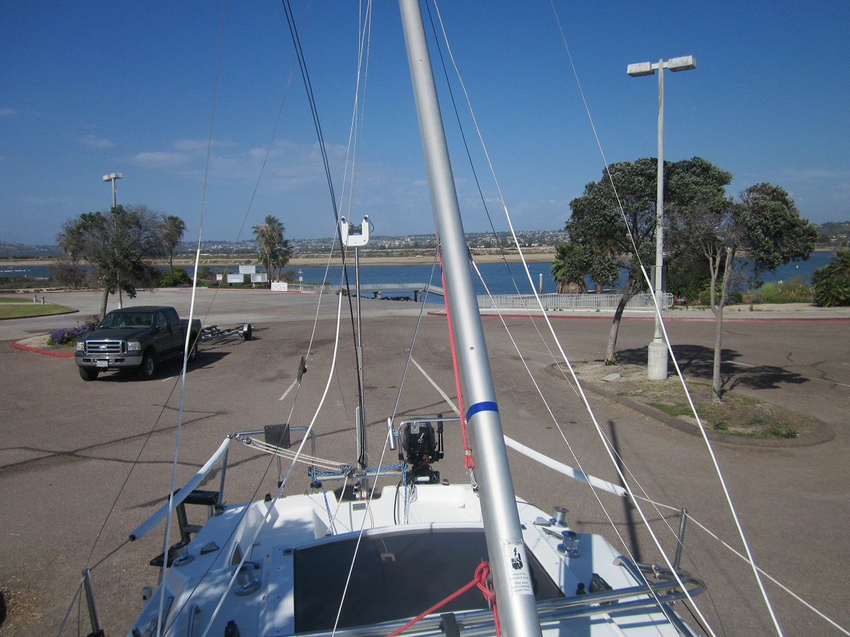 Mast stepping process | Sailboat Owners Forums