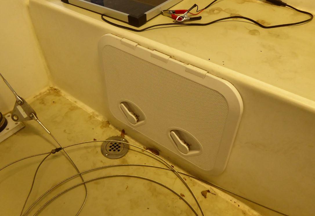 port quarter compartment access 01.JPG