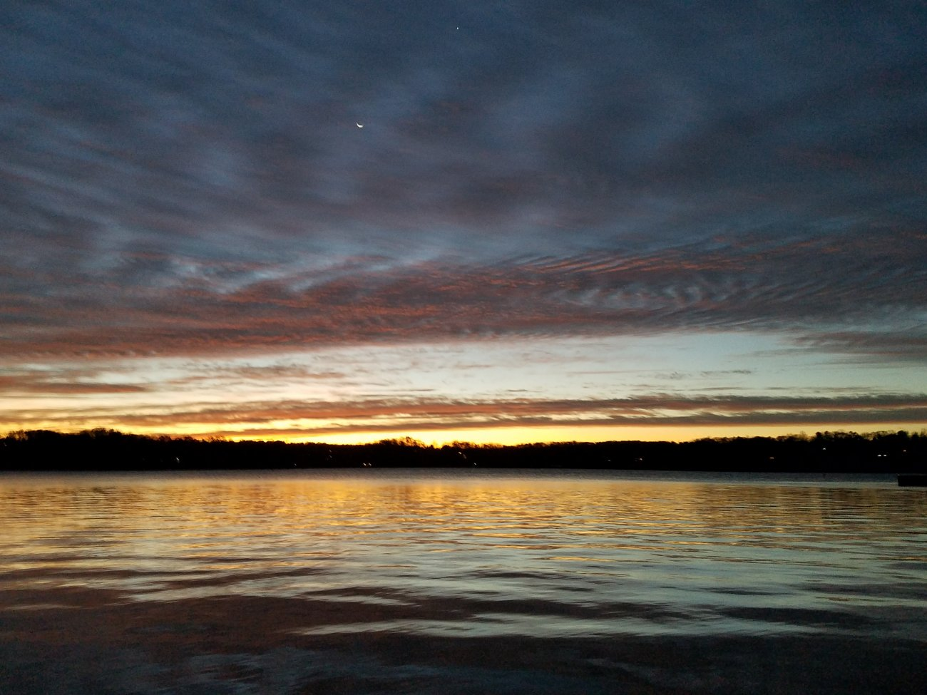 Sunrise at the lake 20181204.jpg